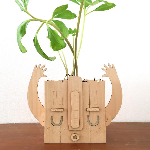 cache-pot en bois