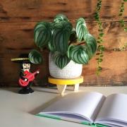tabouret pour plante d'intérieur jaune